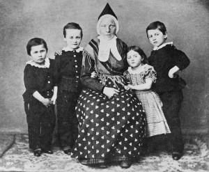 """Skuespiller Proms barn med våtamme"""". Fotograf ukjent. Før 1865"""