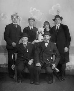 Gruppeportrett fra Landsutstillingen i Bergen 1928 Foto: Atelier KK